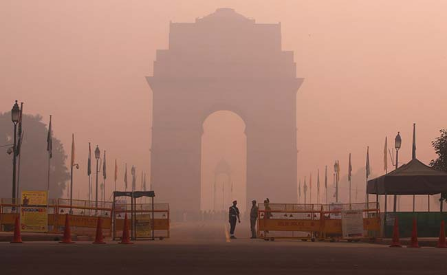 delhi-air-pollution-india-gate-reuters_650x400_41478337076