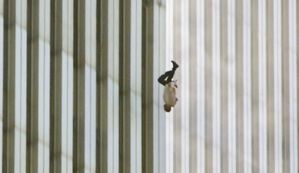 the_falling_man_time_documentary_iconic_photograph