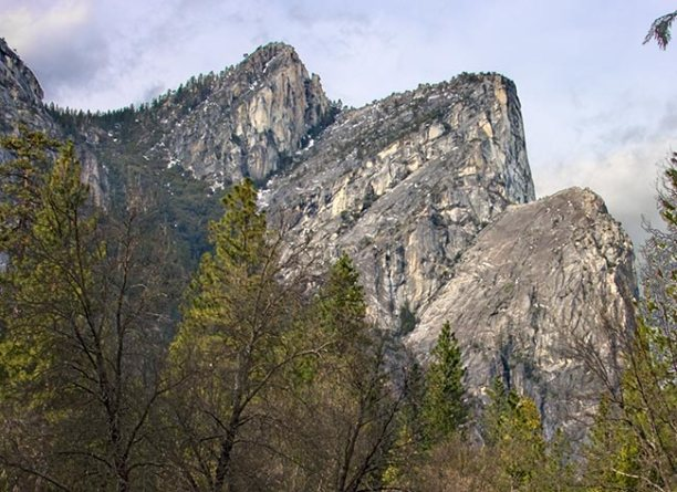 three-brothers-rock-formation-in-yosemite-valley