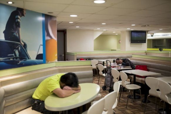 images-like-this-have-become-far-too-common-in-hong-kong-china-and-japan-thanks-to-soaring-property-and-rental-prices-scores-of-newly-homeless-people-are-being-forced-to-find-sanctuary-in-mcdonalds