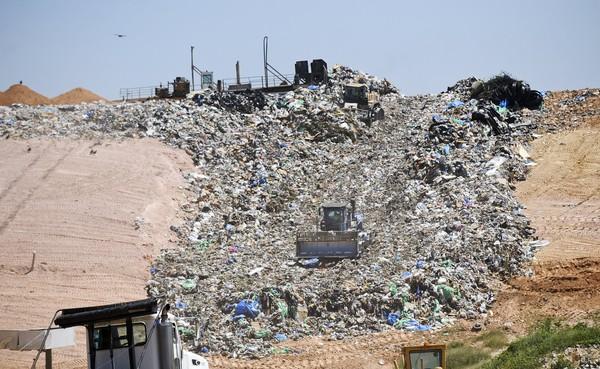 stones-throw-landfill-20ef944cd09fc077